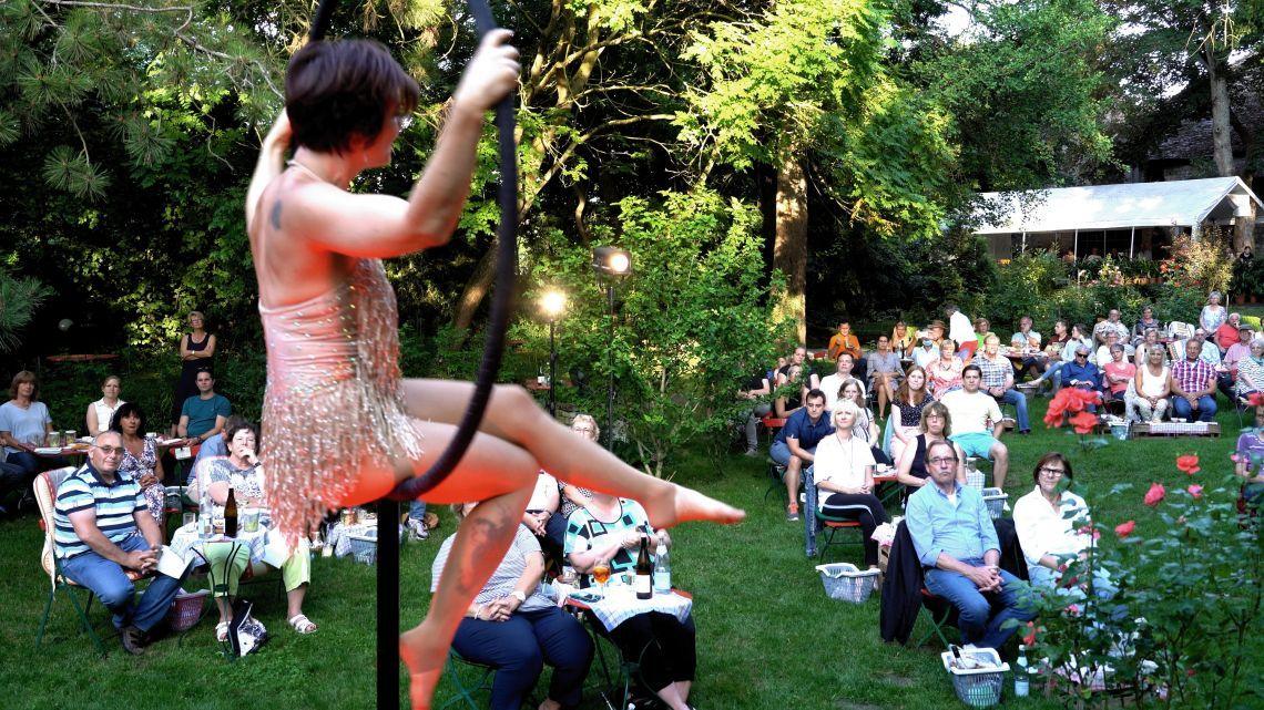 Picknick-Dinnershows starten am 4. Juli in Undenheim   Weitere Termin in Mainz, Kirchheimbolanden, Meisenheim
