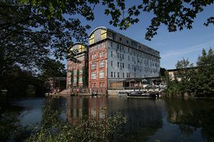 Punktlandung für Uniplan Hamburg