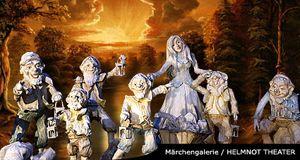 Phantastische Märchenfiguren als lebensgroße Plastiken