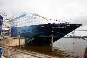 NEST ONE und TUI Cruises inszenieren Taufe der 'Mein Schiff 2'