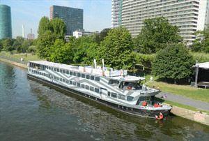 Pure-liner in Frankfurt