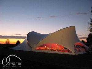 Eleganz bekommt durch Opera-Tent eine neue Definition