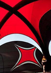 X-GLOO wächst mit neuem 8x8 Zelt über sich hinaus
