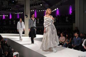 Gahrens + Battermann stattet lavera Showfloor auf der Berliner Fashion Week mit Medientechnik aus