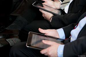 Fortschrittskongress des nordrhein-westfälischen Wissenschaftsministeriums: Gäste mit elektronischem Voting- und Eventguide G+B i-nteraktiv® ausgestattet