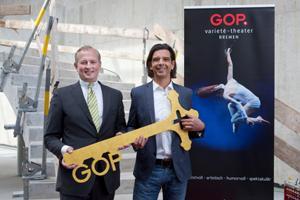 Letzter baulicher Schliff vor der Premiere - Schlüsselübergabe an das GOP Varieté-Theater Bremen
