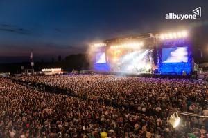 Auf geht's in den Festivalsommer 2013 – natürlich mit allbuyone!