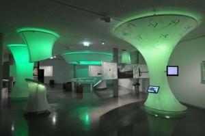 Grüne Tubes und Zentimeterarbeit für das interaktive Moor-Museum