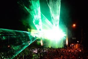 Laserworld auf 3 Bühnen bei der Züricher Street Parade 2013