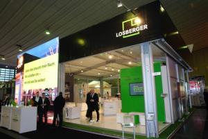"""Innovation """"Losberger Kubo"""" mit mobiler, digitaler Zeltaußenfassade auf der Best of Events"""