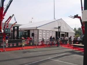 Zelte für Baumaschinen-Messe
