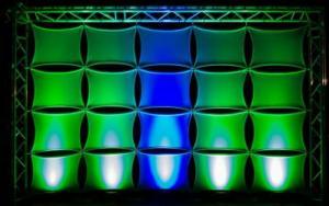 eXpand stretch covers führt Matrixsystem Q-Wall ein