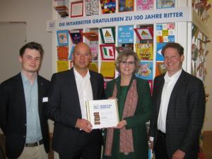 """Ritter Sport zeichnet Benken event zum  """"Lieferant des Jahres 2012"""" im Bereich """"Agentur Dienstleistung"""" aus"""