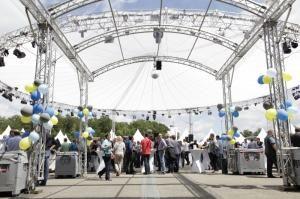 175 Jahre Schuler AG: Gahrens + Battermann liefert die Medientechnik für das Jubiläumsfest in Göppingen