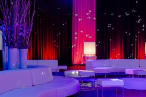 "Party Rent Group stellt Loungesystem ""Endless Seating"" vor"