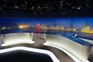 Technisches Know-how der Ambion GmbH für die Medienwand des neuen ARD-Tagesschaustudios