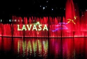 HB-Laser installiert Lasershow für Springbrunnen in Lavasa, Indien