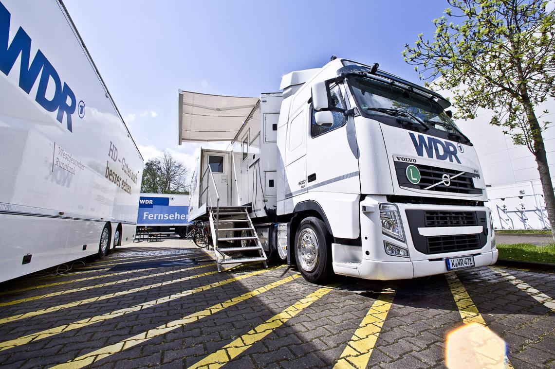 Flexible mobile Produktion: WDR stattet weitere Fahrzeuge seiner Ü-Wagen-Flotte mit Riedel MediorNet aus