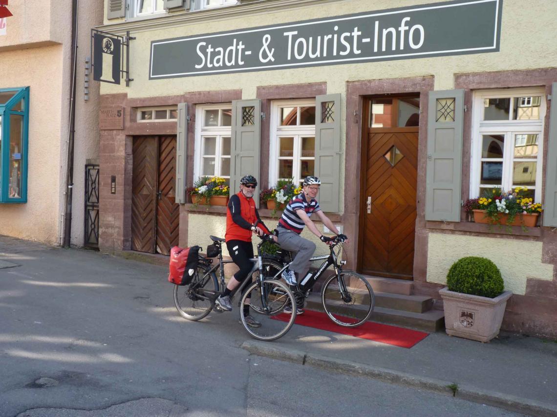 Messebau Keck gestaltet die neue Stadt- & Tourist-Info