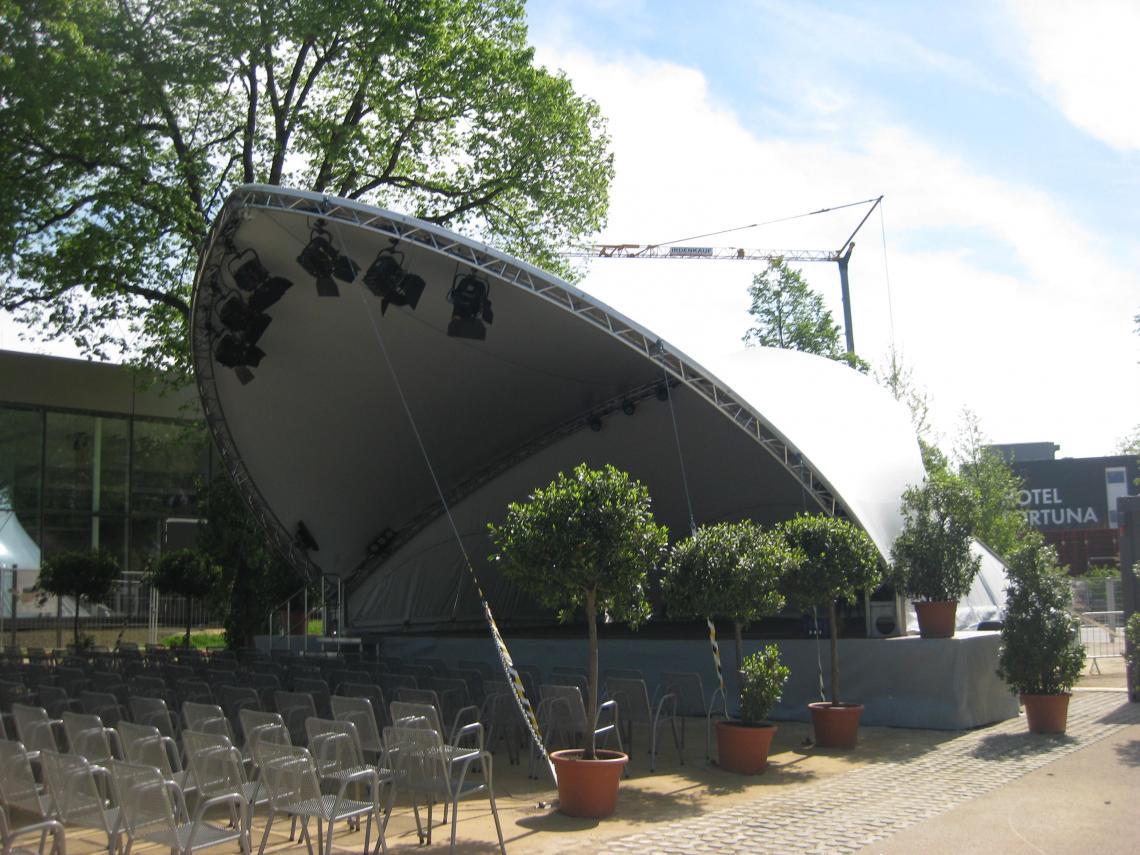 Opera on Stage
