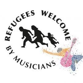 Refugees welcome by musicians!