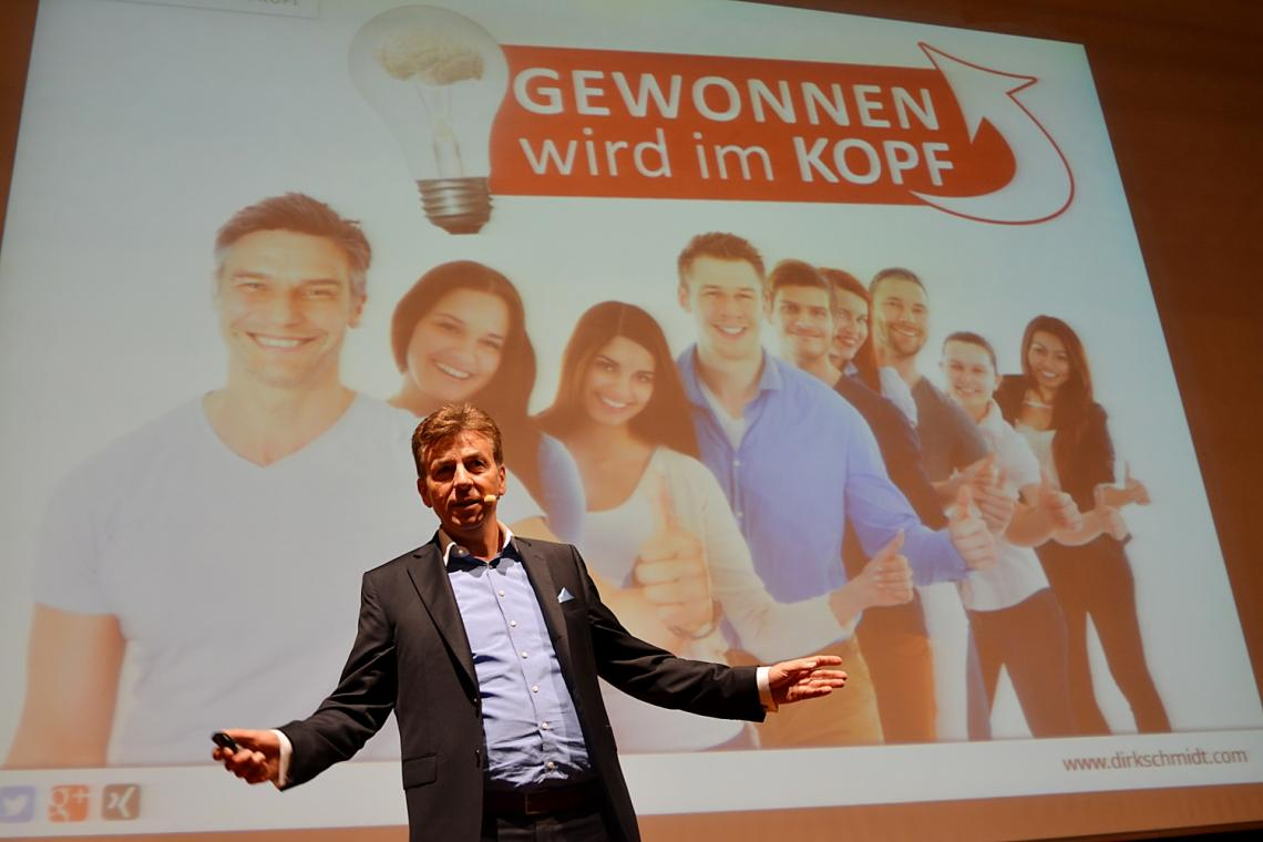 Motivationsexperte Dirk Schmidt eröffnet Azubikongress Forum VIA Münster