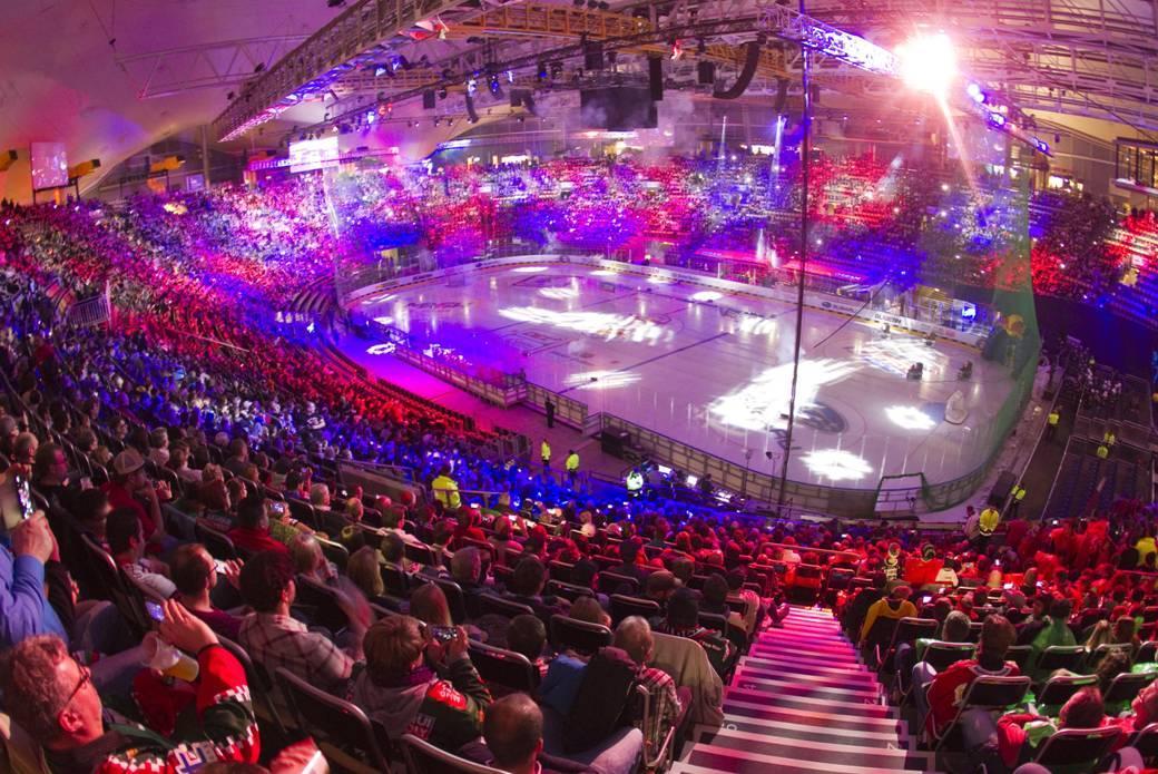 Hockey Halleluja: satis&fy liefert Technik für zwei Top-Spiele der Red Bulls