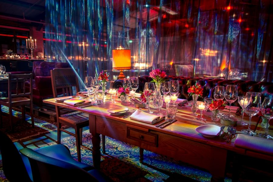Rauschenberger's Supper Club – A Mysterious Urban Venue