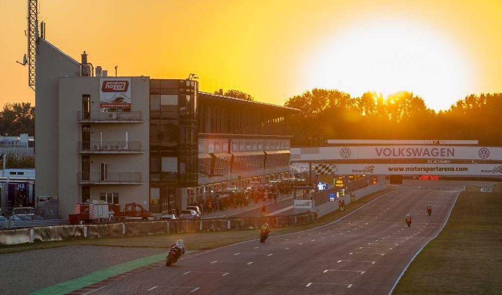 Mittendrin statt nur dabei – die Sky Lounge der Motorsport Arena Oschersleben