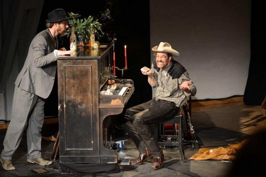 LONGJOHN – Westernparodie und Playbacktheater