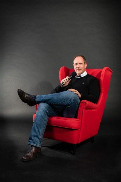Moderator und Sprecher Nico Bischoff: Ihre Bühne – Meine Stimme