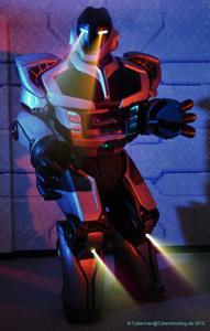 NOX the Robot: Strom erweckt zum Leben