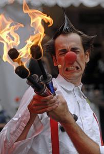 """Cirque Artikuss Feuershow """"Allez Hopp"""""""