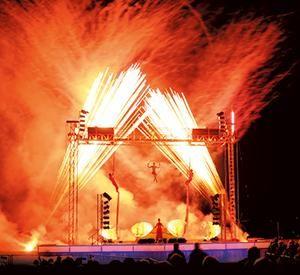 Artistik-Feuershows von Flammandra