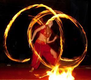 firesnake´s  Feuertanz & Glowshow - Erlebnisse voller Anmut, Kraft und Harmonie