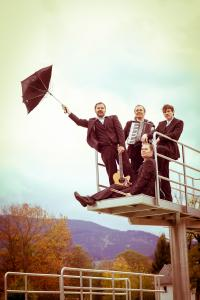 Acoustic Fun Orchestra: Vier Musiker auf unerhörter Mission