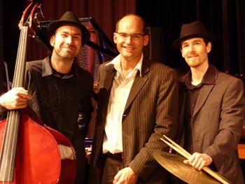 Beste Unterhaltung mit dem 20er Jahre Show-Programm des Jens Wimmers Boogie Trios