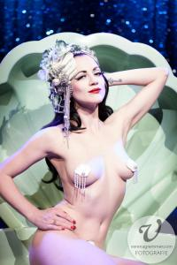 ChiChi Bouvet - Burlesque