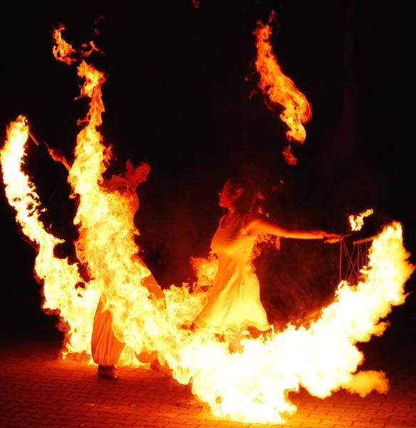 mosaique Feuerkunst und Artistik