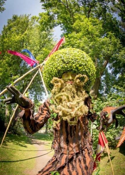 König Eduard von Raubart der Lebende Baum von Zirkusmanufaktur