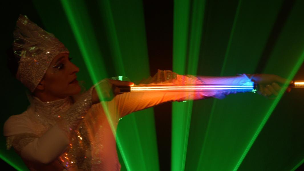Licht und Illusion mit Prismatic von Spice - die moderne Lasershow