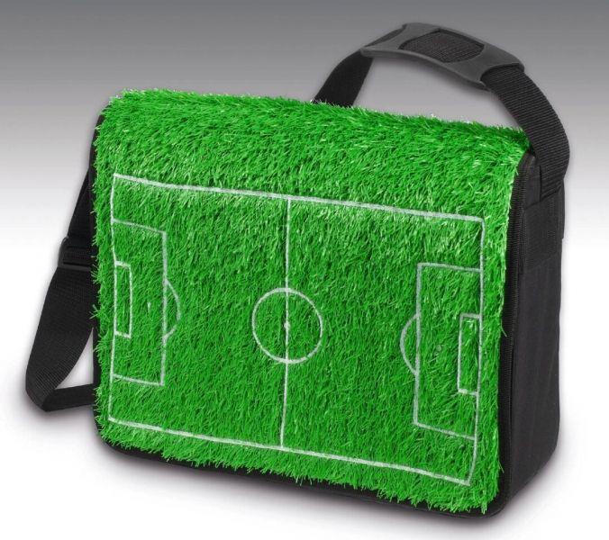 Fußball zum Mitnehmen: die FlapBag Rasentasche